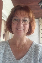 Carole VERHAEGHE